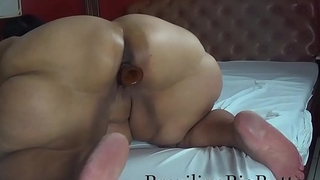 BrazilianBigButts.com MadamButt Dildo in her Gigantic Ass