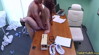 Gal enjoyed good fuck with doctor